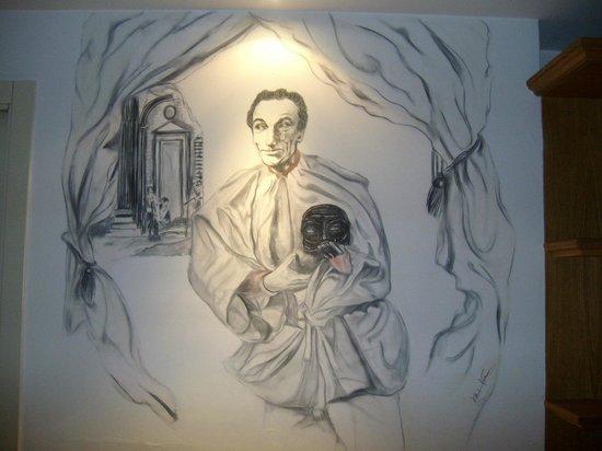 Grand Hotel Europa: Pintura de la pared