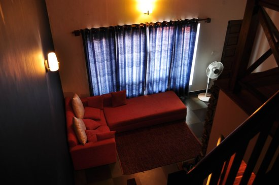 Ivy Bank Guest House: Living Area