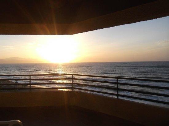 Melia Costa del Sol: Sun rise from our balcony