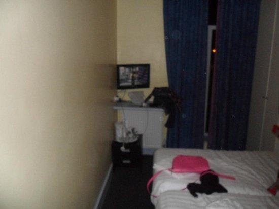 Hotel Montana Excel : Habitacion