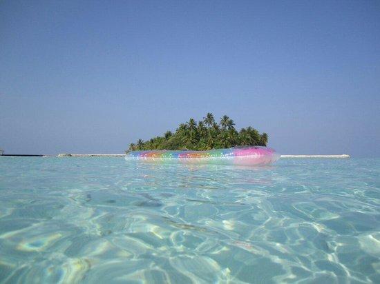 VOI Dhiggiri Resort: Isola dalla lingua di sabbia....