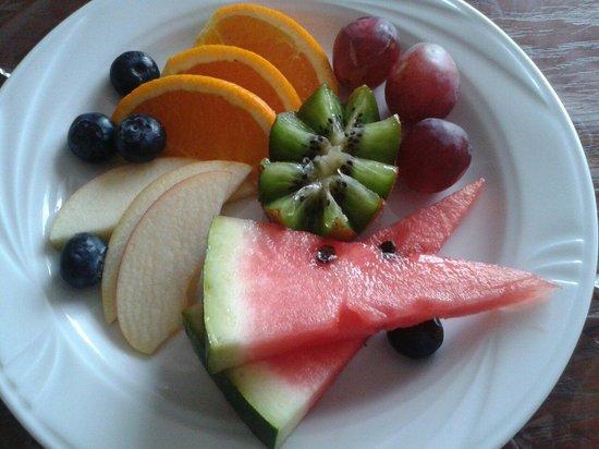 Rejs: Empfang mit frischen Früchten