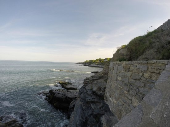 Cliff Walk : Oceanview