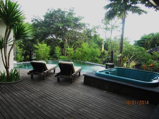 The Ayu Kintamani: pool