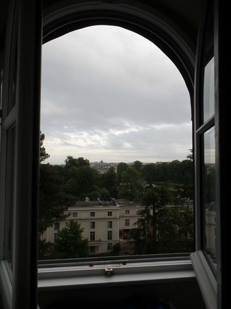 Trianon Palace Versailles, A Waldorf Astoria Hotel : view