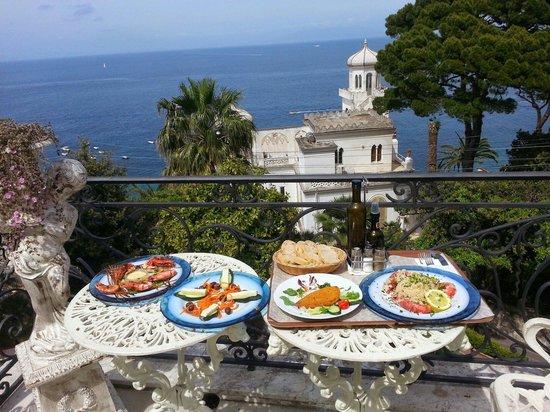 Luxury Villa Excelsior Parco: Delicious room service