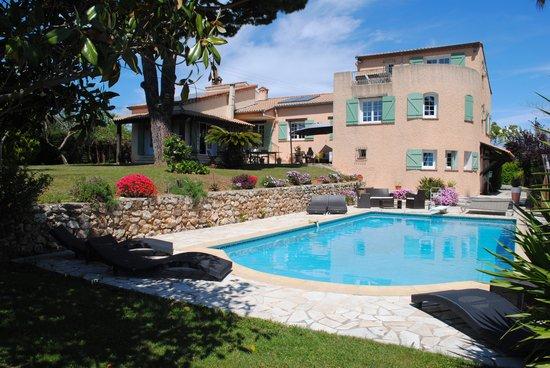 piscine et Villa Antoline