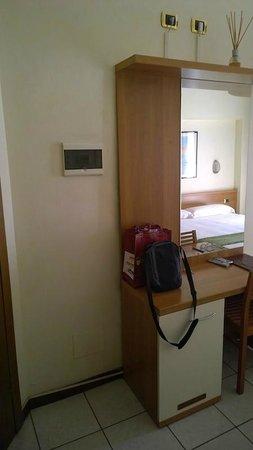 Hotel Florence: Desk