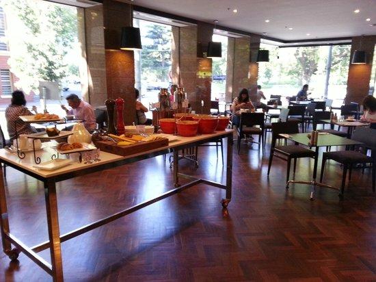 Radisson on Flagstaff Gardens: Breakfast buffet