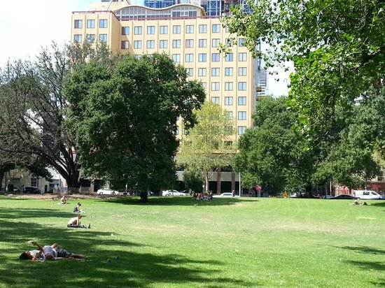 Radisson on Flagstaff Gardens: Hotel front from the park
