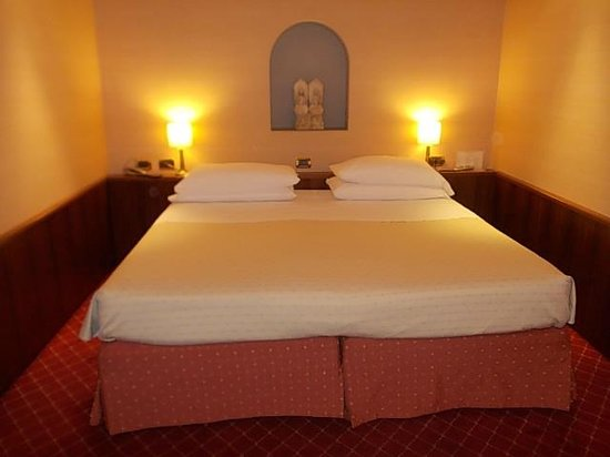 Accademia Hotel : il letto