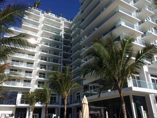 Grand Beach Hotel Surfside: la facade