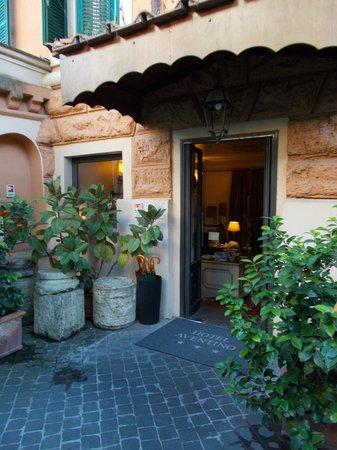 Hotel Aventino: reception / entrance