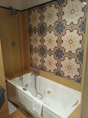 Hotel Aventino : Room 332 bathroom
