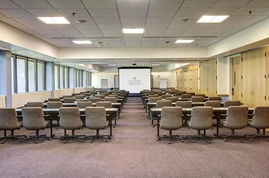 Villanova University Conference Center : Meeting Room
