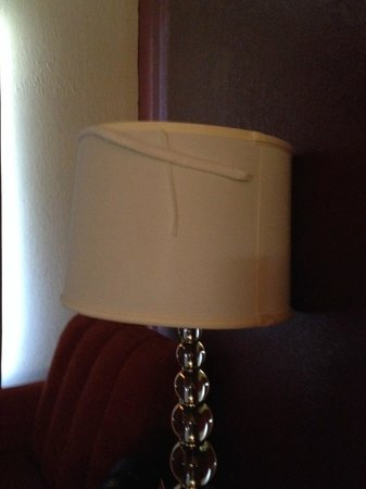 Red Roof Inn Atlanta - Suwanee/Mall of Georgia: Out dated room decor