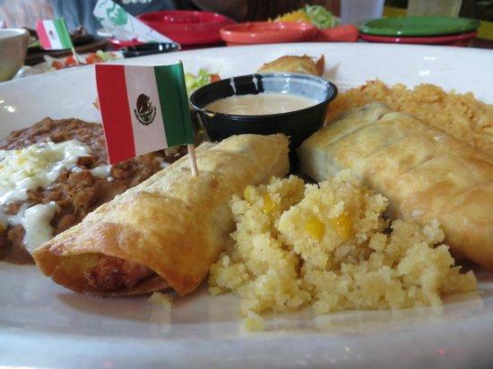 No Way Jose's: grilled chicken flautas