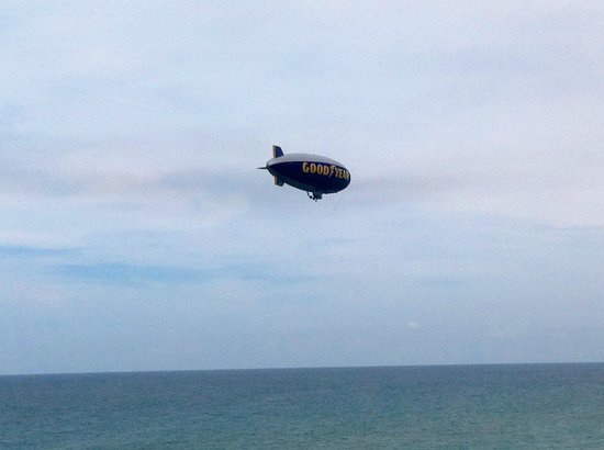 Vistana Beach Club: Goodyear blimp floating by balcony