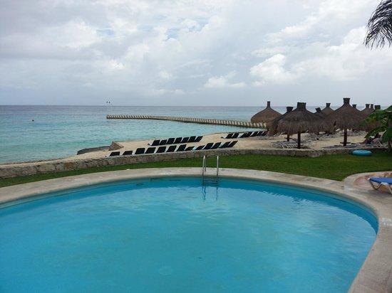 El Cozumeleno Beach Resort : Very nice pool.