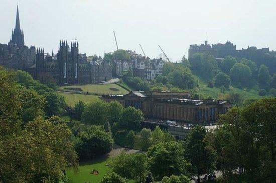 Mercure Edinburgh City - Princes Street Hotel : Parques y Areas Verdes Edimburgo