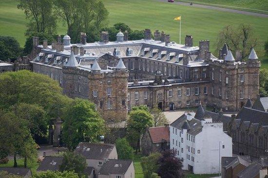 Mercure Edinburgh City - Princes Street Hotel: Palacio Hollyrood