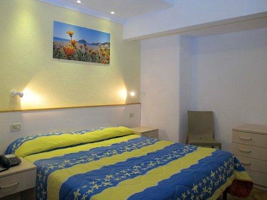 Park Hotel Residence Villa Marinu': Camera del Bilocale
