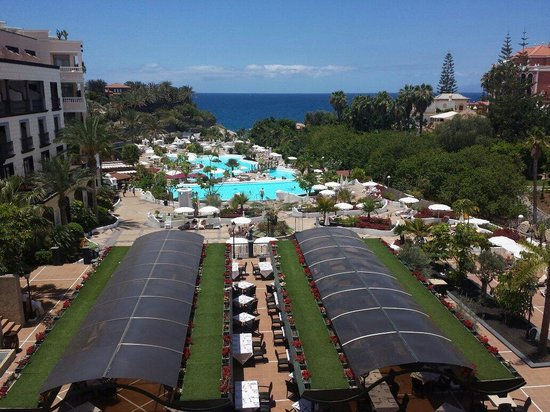 Gran Tacande Wellness & Relax Costa Adeje: Overlooking the outside dining area, and pools.