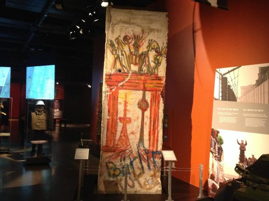 Canadian War Museum: Piece of the Berlin wall