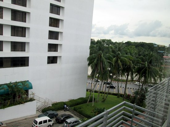 Tune Hotel Waterfront Kuching: River view - partial