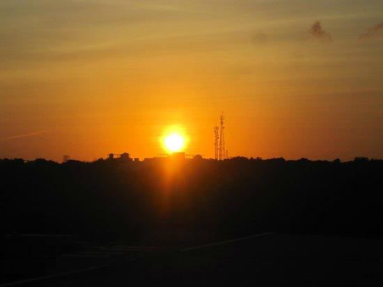 Grand Sirenis Mayan Beach Resort & Spa : sunset