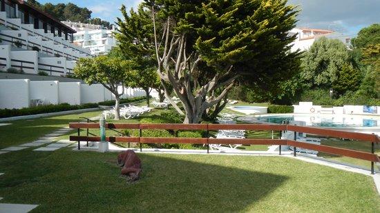Hotel do Mar : Piscina y habitaciones