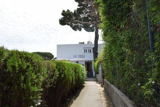 Hotel La Tosca : Entrance of the hotel