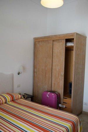 Hotel La Tosca: Guest Room