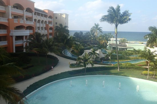 Iberostar Rose Hall Suites: View from the lobby bar balcony