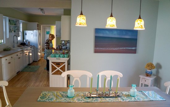 Blessings by the Beach: Common Space - Dining/Kitchen