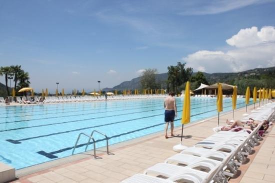 Poiano Resort Hotel: Hotel pool