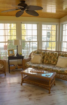 Blessings by the Beach: Lovely Sun Room