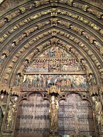Iglesia de Santa Maria de los Reyes: Portico