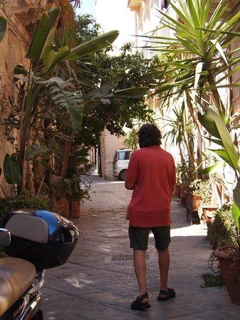 Picturesque side streets in Ortigia