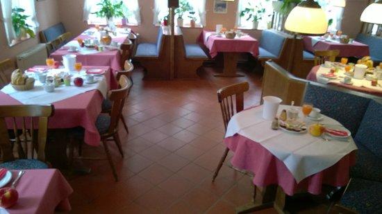 Hotel Xenia: Morgenmaden står klar