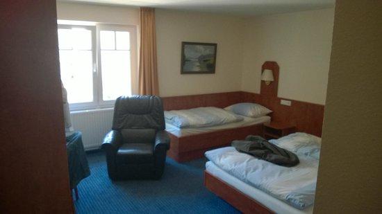 Hotel Xenia: Værelse