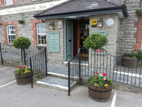 The Natterjack: the entrance to the pub