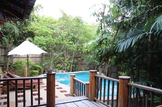 Santhiya Koh Phangan Resort & Spa: view from our room patio