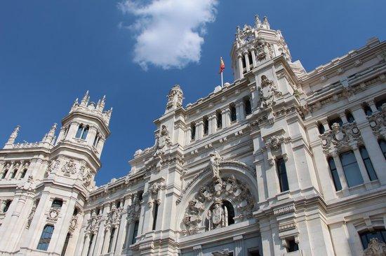 Palacio de Cibeles : Front view
