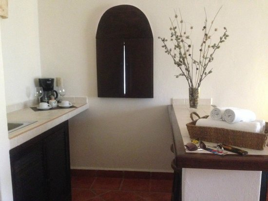 Hotel Riviera del Sol: Cozinha da suíte