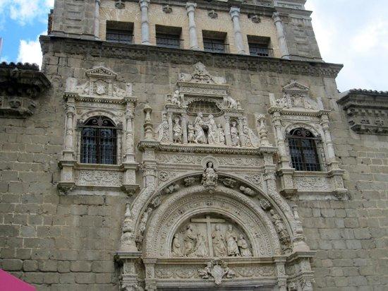 Museo de Santa Cruz: Toledo Museo Santa Cruz facade