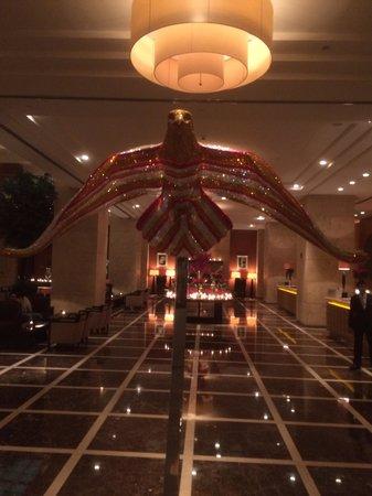 Grosvenor House Dubai: Ved indgang til hotellet