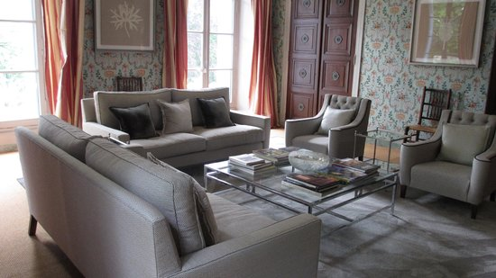 Chateaufort: One of the common rooms