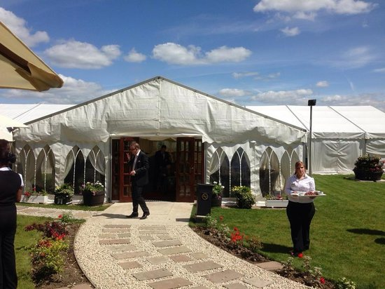 Ringwood Hall Hotel : Our wedding: the marquee