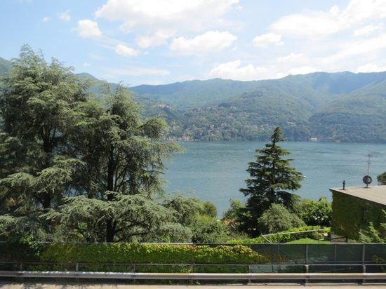 Hotel San Marino - Laglio: vista dal ristorante